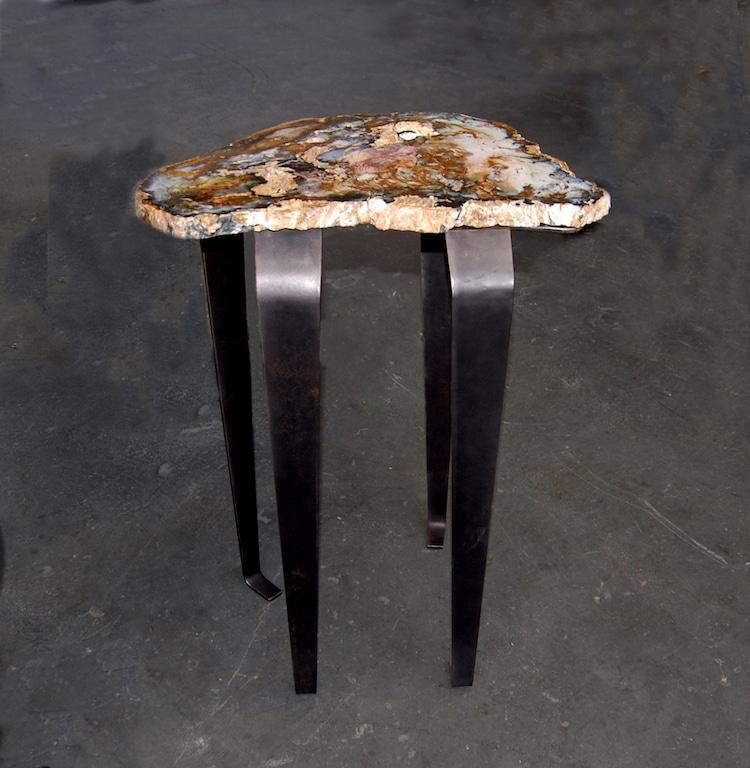 designer wholesaler of geode tables geode lamps agate decor. Black Bedroom Furniture Sets. Home Design Ideas