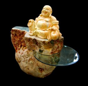 Buddha In Pink Amethyst Table